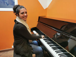 Martina profesora de piano